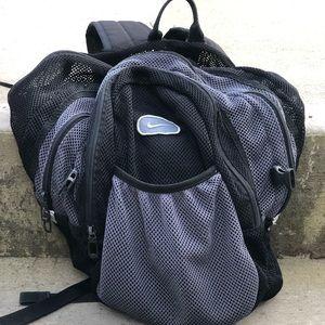 VINTAGE NIKE knit backpack